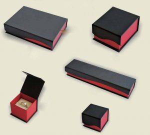 Bộ hộp giấy đựng nữ trang đẹp