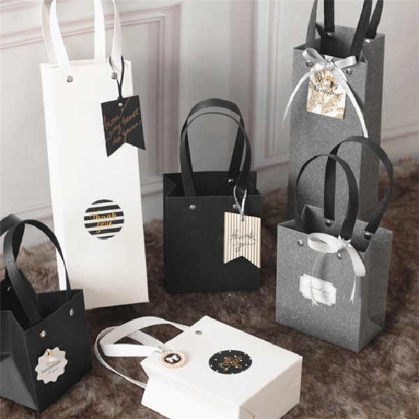 Trước khi thiết kế túi giấy phải tiến hành nghiên cứu về ngành nghề kinh doanh để có ý tưởng tốt nhất